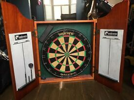 Dartboard & surround