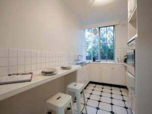 Fully furnished room. Rent includes ALL bills. South Yarra