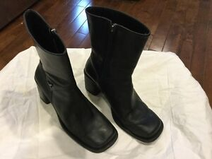 Pair of Womens Harley Davidson Boots