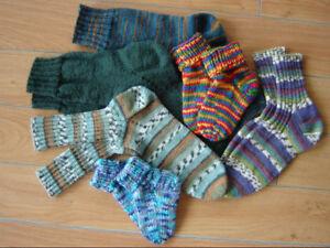 BAS  DE  LAINE  tricotée à la main