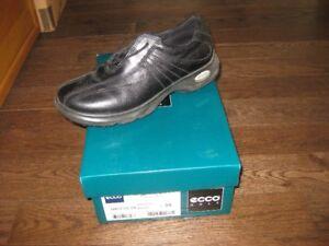Womens Golf Shoes - LIKE NEW - ECCO