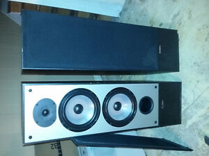 Paradigm 9seMK3 speakers