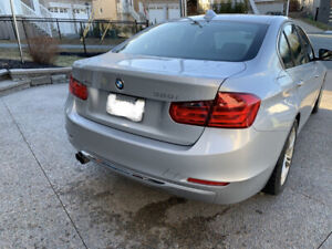 BMW 328Xi - Sport mode, low KM... excellent condition! Must see!