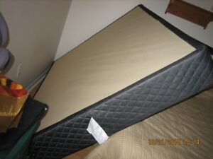 Queen size Sealy box spring and adjustable bed frame
