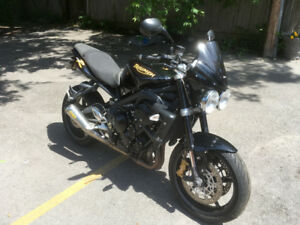 2009 Triumph Street Triple R (needs repair)