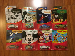 Hot Wheels Disney Mickey Mouse Full Set. 8 Diecast Cars