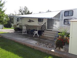2012 37' Springdale Travel Trailer