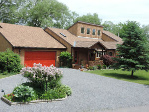 Waterfront Family Home, Prince Edward County