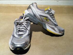 Women's Reebok Premier DMX Foam Road Plus Running Shoes Size 7.5 London Ontario image 6