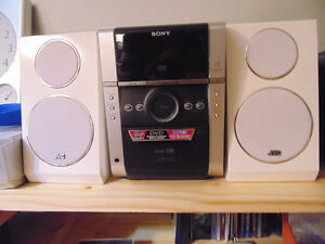 Stereo DVD & Cassette Player SONY with JVC speakers