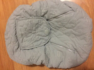 Car seat cover $20