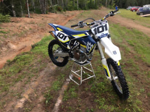2016 Husqvarna Dirt Bike