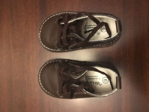 Toddler Boys shoes like new - Reebok, Wee Squeak, sizes 5.5-6