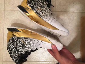 Curry 1 mvp Back to Back FAKES