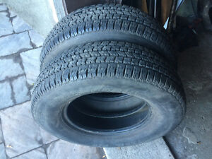 2 PNEUS / 2 ALL SEASON TIRES  LT 225/75/16 TRAIL RADIAL