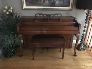 Emerson Piano and bench