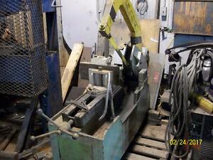 Reciprocating metal saw , scie va et viens pour métal