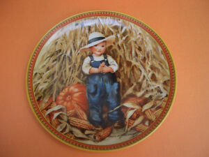 """KNOWLES """"THANKSGIVING"""" COLLECTOR PLATE COMPLETE WITH BOX AND COA London Ontario image 1"""