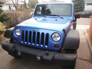 2010 Jeep Wrangler Mountain SUV, Crossover