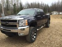 2010 Chevrolet 3500 LT lifted