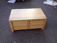 Oak coffee table comes with free London delivery