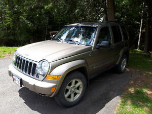 2005 Jeep Liberty 4wd SUV, Crossover