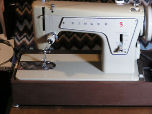 Singer Sewing Machine - heavy duty
