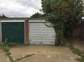Large Garage in Romford For Rental