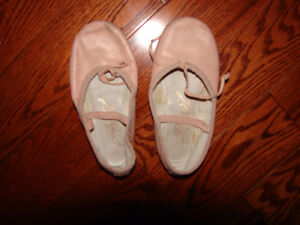 Ballet shoes size 11 -12 and runner