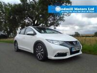 2012/12 HONDA CIVIC 2.2 i DTEC ES HATCHBACK 5DR WHITE - £20 ROAD TAX - MUST SEE