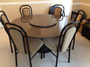 *NEW PRICE* 8 piece Dining Set Table