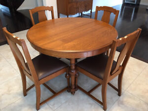 Charming oak dining Set and Library Desk!