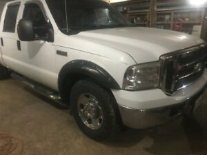 Parting Out 2005 Ford F-250 XLT Pickup Truck 4DR 2WD 5.4 Gas