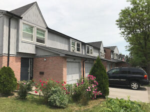 RENOVATED Townhouses for Rent (Meadowvale)