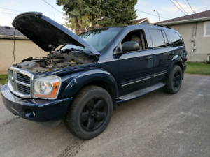 2004 DODGE DURANGO R/T HEMI!  (engine issue)