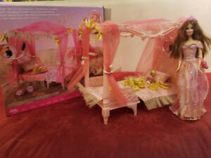 Barbie Musical Dream Bed Playset with accesories & doll
