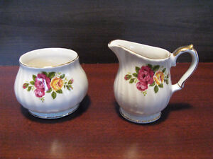 China Cups,Sugar & Cream set Kitchener / Waterloo Kitchener Area image 3