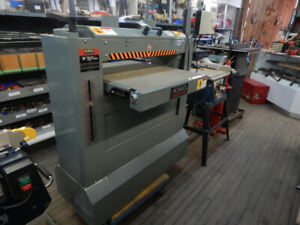 industrial drum and belt sander at the 689r