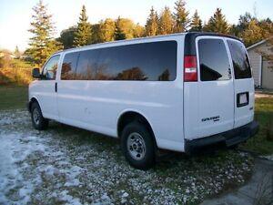 2007 GMC 15 Passenger Savana 3500