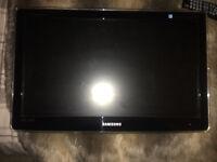 Samsung P2270HD 22-inch Full HD 1080p LCD TV/Monitor (5ms, 50000:1, HDMI)