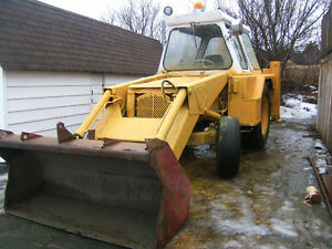 JCB BACKHOE IN GOOD RUNNING CONDITION 5000 ono