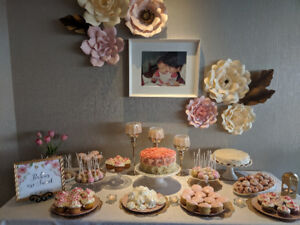 Pink, cream & gold paper flowers for rent + accessories !