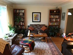 Spacious Room in Quiet Home in River Heights