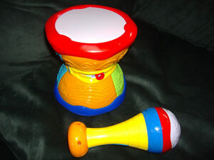 Leap Frog learning drum, english/french