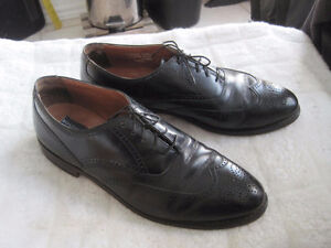 Bostonian Classics Wing Tip Oxford Black Leather Dress Shoe
