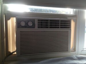 Window Air Conditioner 5200 BTU