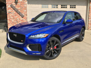 2017 Jaguar F-Pace S First Edition *showroom conditon*