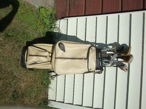 Vintage set of Dunlop Golf Clubs with Bag