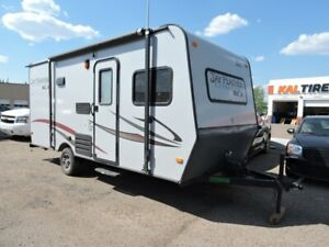 2014 Jayco Jay Feather     WELL GET YOU FINANCE ON THIS UNIT