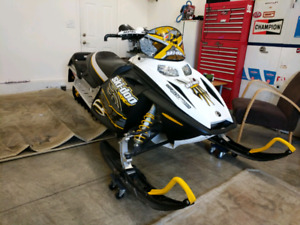 Mint Condition Low Kms 2007 Ski-doo Renegade
